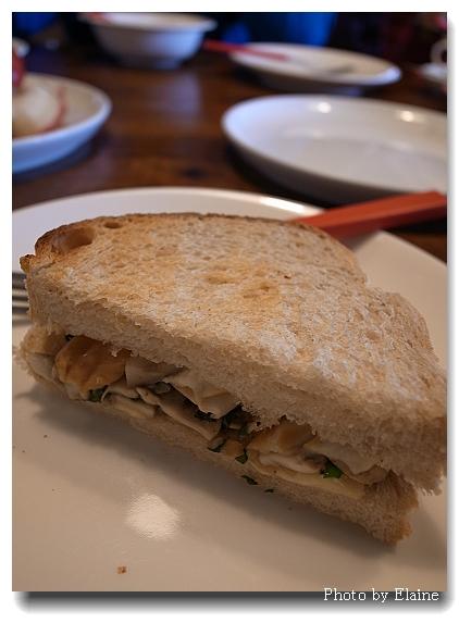 飛鳥小屋蘿勒蘑菇三明治