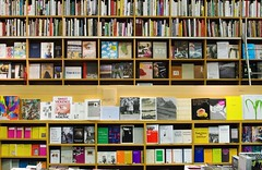 retail-store(0.0), shelving(1.0), shelf(1.0), building(1.0), furniture(1.0), book(1.0), bookselling(1.0), library(1.0), bookcase(1.0), public library(1.0),