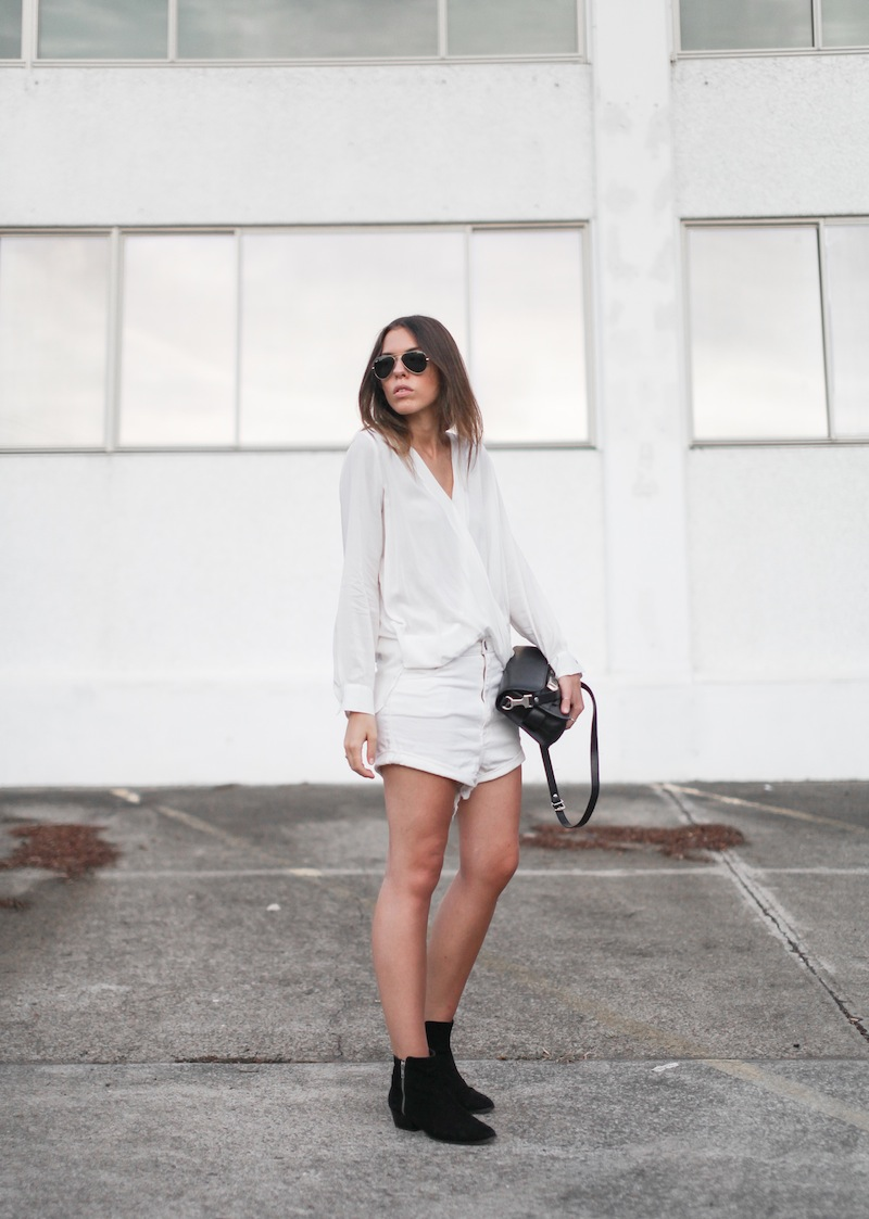 modern legacy fashion blog australia street style all white minimalist Proenza Schouler PS11 mini bag Witchery drape shirt One Teaspoon Lovers boyfriend denim shorts black suede ankle boots blogger edit (3 of 4)