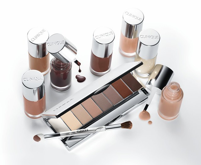 clinique-16-shades-of-beige-eye-shadow
