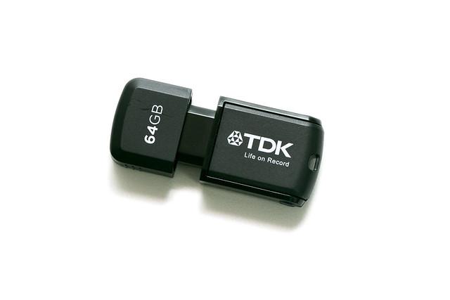 一款雙用 – TDK OTG 2in1 二合一隨身碟 @3C 達人廖阿輝