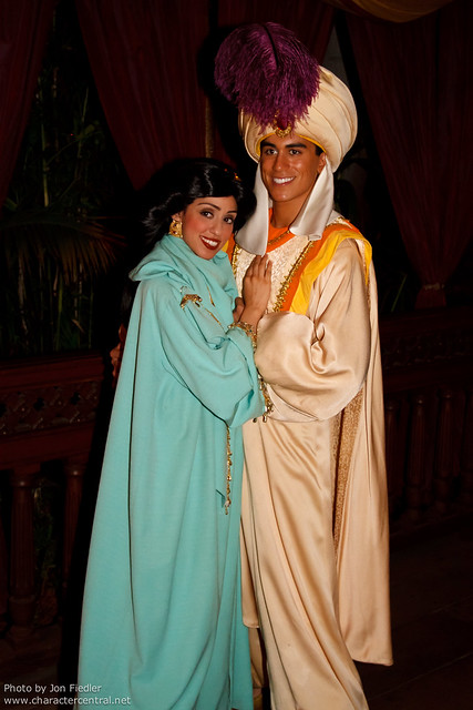 DL Oct 2011 - Meeting Aladdin and Jasmine