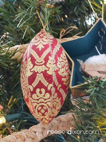 Paisley Ornament