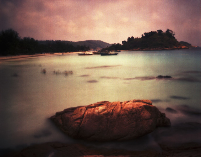 Pulau Redang, pinhole with expired fi(1)