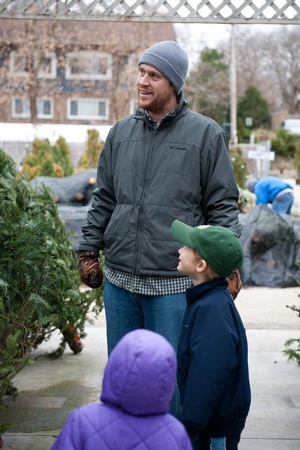 11-27-11_ChristmasTree_003