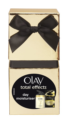 Olay total effects Christmas gift box