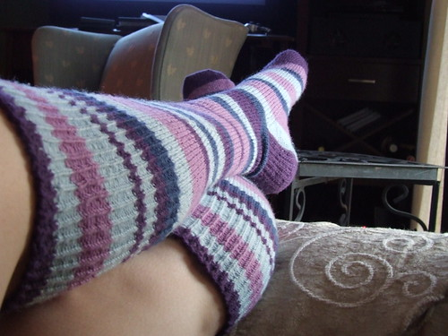 Random Stripe Knee Socks