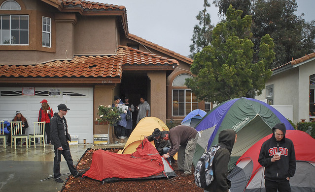 Occupy Our Homes (Murrieta), Tents go up
