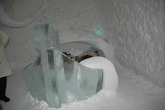 melting(0.0), ice hotel(1.0), ice(1.0), freezing(1.0),