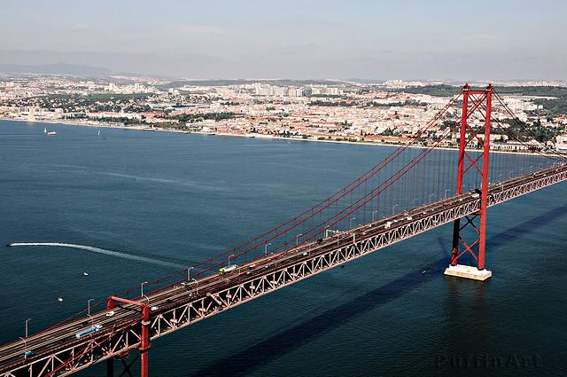 Ponte Sobre o Tejo I