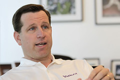 Tim Morse, Yahoo's acting CEO, shown in 2010, is meeting more frequently with top managers than his predecessor did.