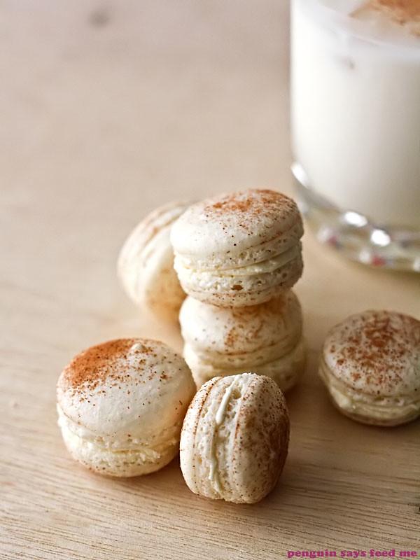 Christmas Macarons | Penguin says Feed Me