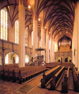 Bild av Thomaskyrkan. church germany deutschland postcard saxony leipzig bach sachsen 1998 stthomas thomaskirche johannsebastianbach jsbach