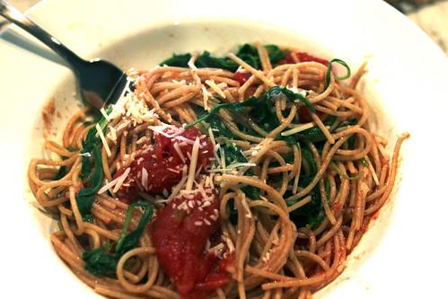 Arugula and Tomato Pasta