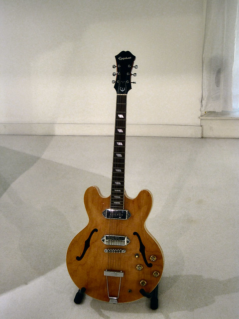 Photo:JOHN LENNON'S GUITAR.. By ronsaunders47
