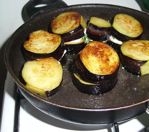 peynirli patlıcan kızart.