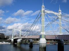 mast(0.0), transporter bridge(0.0), suspension bridge(1.0), vehicle(1.0), landmark(1.0), bridge(1.0), cable-stayed bridge(1.0),