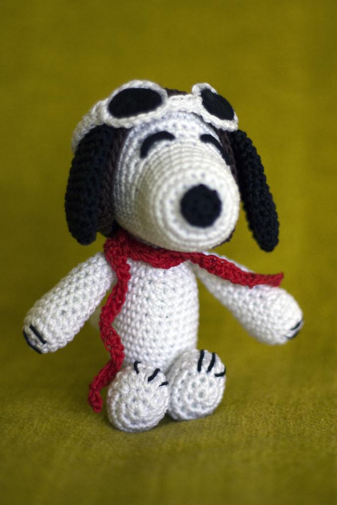 Amigurumi Tutorial Snoopy : Amigurumi snoopy flickr photo sharing