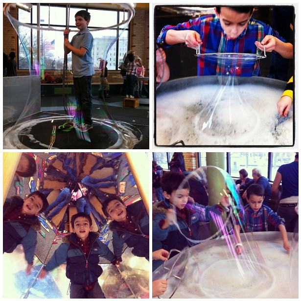 Bubbles and Mirriors at the Children's Museum