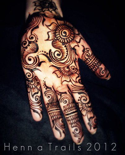 floral henna palm 2012 by Henna Trails