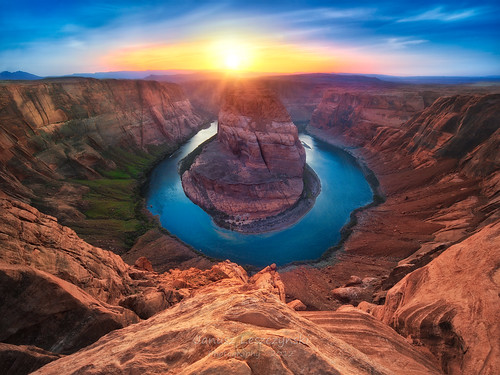 Horseshoe Bend of Colorado River – Page Arizona