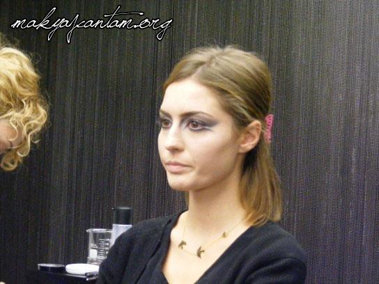 glitter ice makeup_16