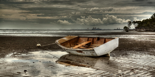 Boat on a waning tide
