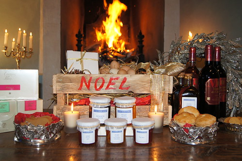 Casa Buen Honor, Christmas hampers