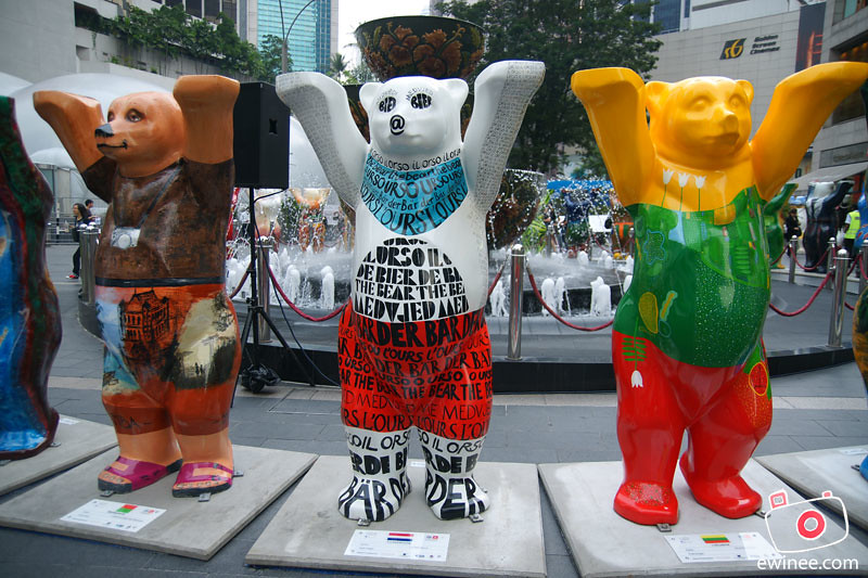 UNITED-BUDDY-BEARS-PAVILION-KL-more-bears