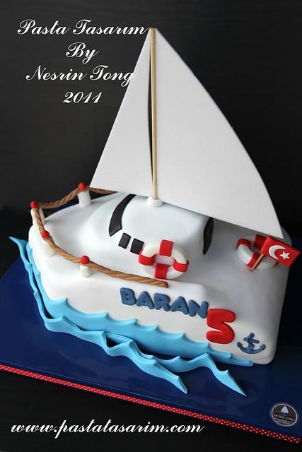 SAILBOAT CAKE - BARAN