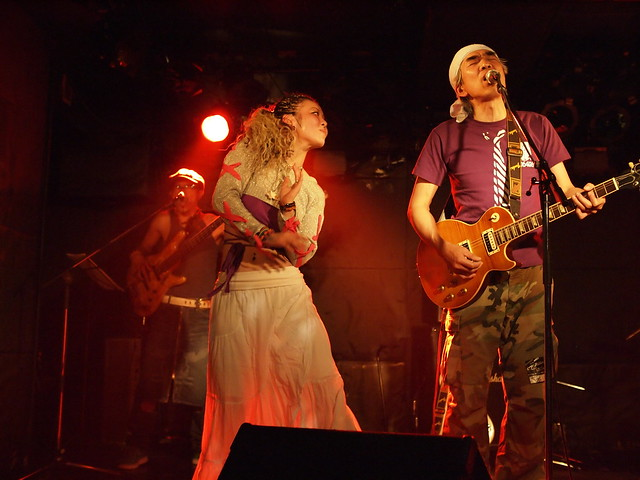 AKINOGI & Kasuga live session with Miro at Outbreak, Tokyo, 11 Dec 2011. 2-094