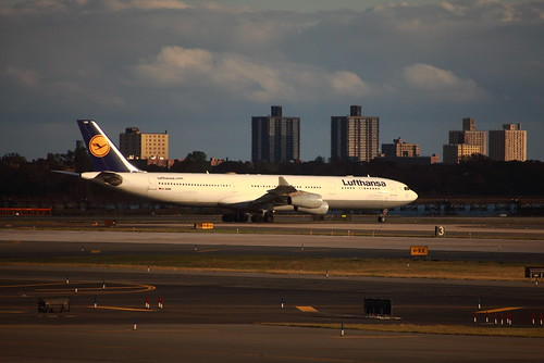 Lufthansa D-AIGM