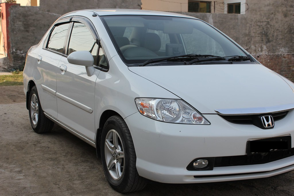 F.S Honda City 2004 white - Cars - PakWheels Forums