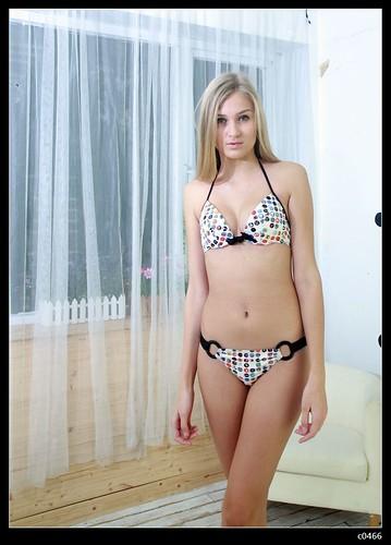 Tweens Modeling Bathing Suits http://billabongbathingsuits.blogspot