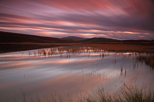 Loch Ceo Glais Dusk. by gordie broon.