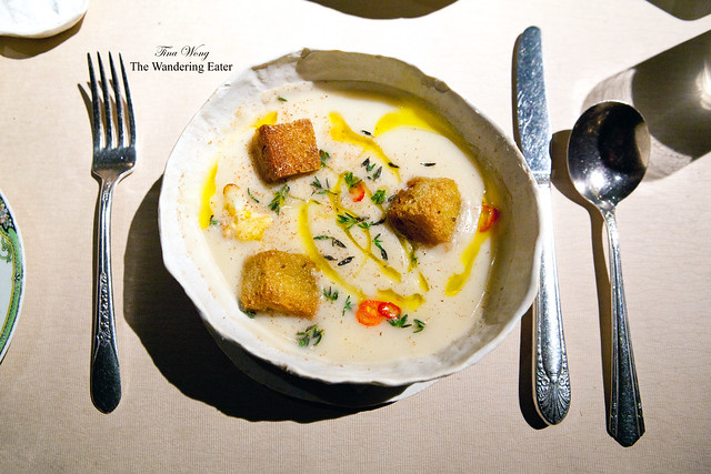 Cauliflower soup, rye croutons, rupert cheese