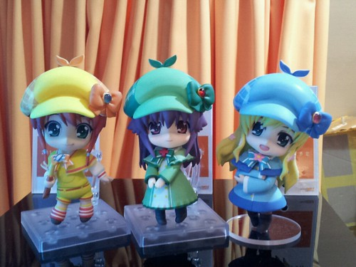 Nendoroid Cordelia Glauca (right) with Nero (left) and Elly (center)