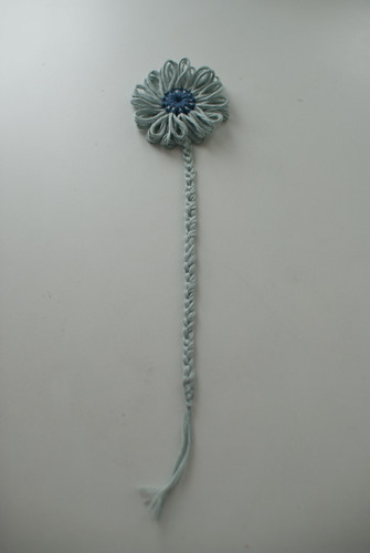 Flower loom bookmark