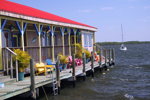 seascape sailboat florida motel resort roadside adirondackchairs