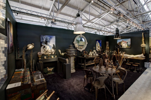 6610721033 4b69aa44f3 z The San Francisco Fall Antiques Show's 30th Anniversary