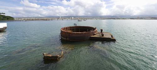USS Arizona, Pearl Harbor, O'ahu, Hawai'i (panorama)