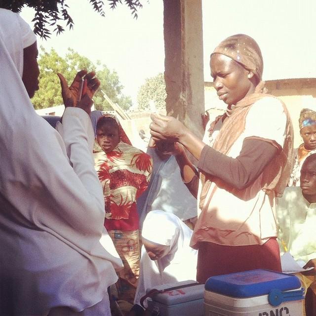 Reconstituting the vaccine