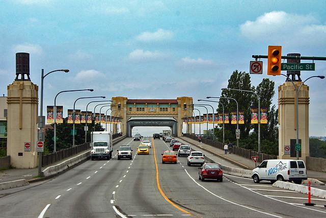 Ponte Burrard / Burrard Bridge