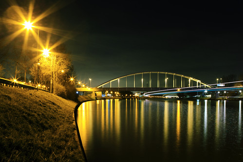 Meernbridge Utrecht by night