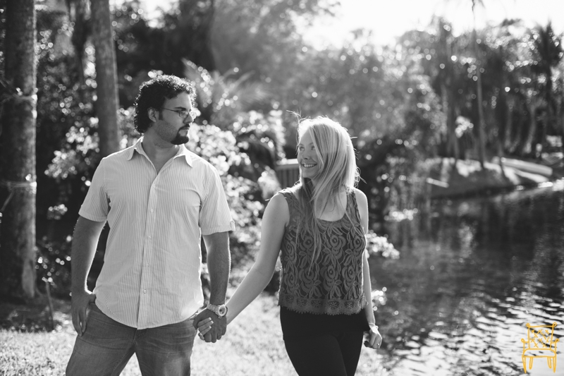 bright sunflare florida couple shoot_010