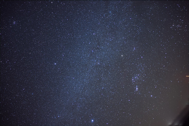 Milky Way 18mm RAW 10.75min 3frames ISO800-1