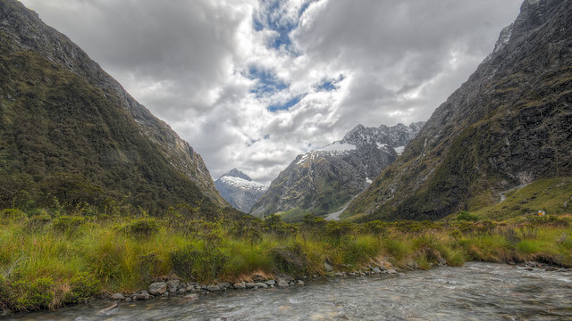 Milford Sound Highway Photo 2