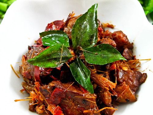 IMG_2184 Lemongrass pork with dried chilli, peppercorns, curry leaves , fish sauce and sugar