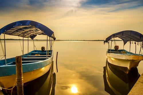 sunset sun sol beach river mexico lago atardecer boat playa nubes rios lancha