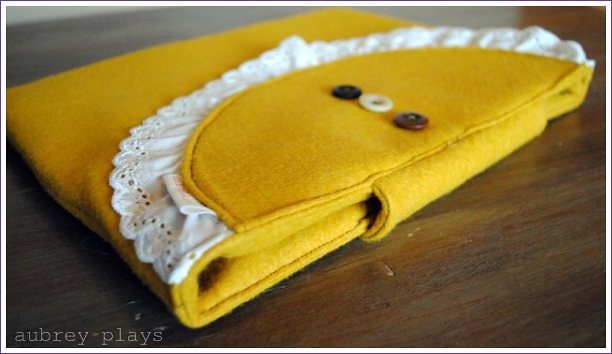 ipad jacket. mustard vintage inspired
